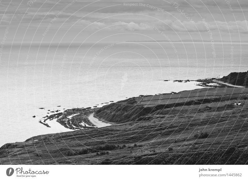 Küstenkaries Natur Ferien & Urlaub & Reisen Meer Einsamkeit dunkel Tourismus Romantik rund geheimnisvoll Mut Schottland Umweltverschmutzung maritim Felsküste