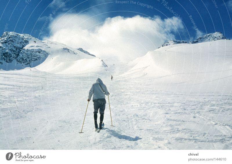 Anstieg Winter Ferien & Urlaub & Reisen Wolken Nebel Skifahren Spuren Alpen Skier anstrengen Steigung
