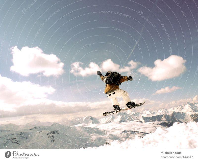 Trois Vallées Himmel weiß Landschaft Wolken Freude Ferne Winter Berge u. Gebirge Schnee Sport Spielen fliegen springen Wetter Freizeit & Hobby Geschwindigkeit