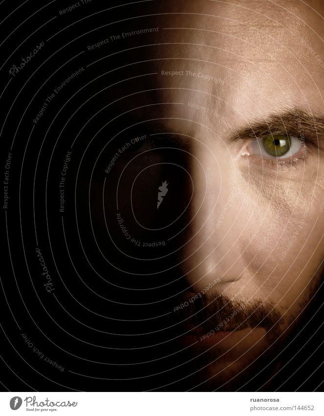 Mensch Mann Gesicht Auge Mund Kraft Nase Sicherheit Schriftzeichen Frieden Bart Schatten Charakter ernst