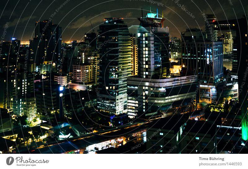 Skyline Bangkok bei Nacht Stadt Haus dunkel Architektur Hochhaus Aussicht Fabrik Bankgebäude Wirtschaft Hauptstadt Stadtzentrum Altstadt Handel Hafenstadt