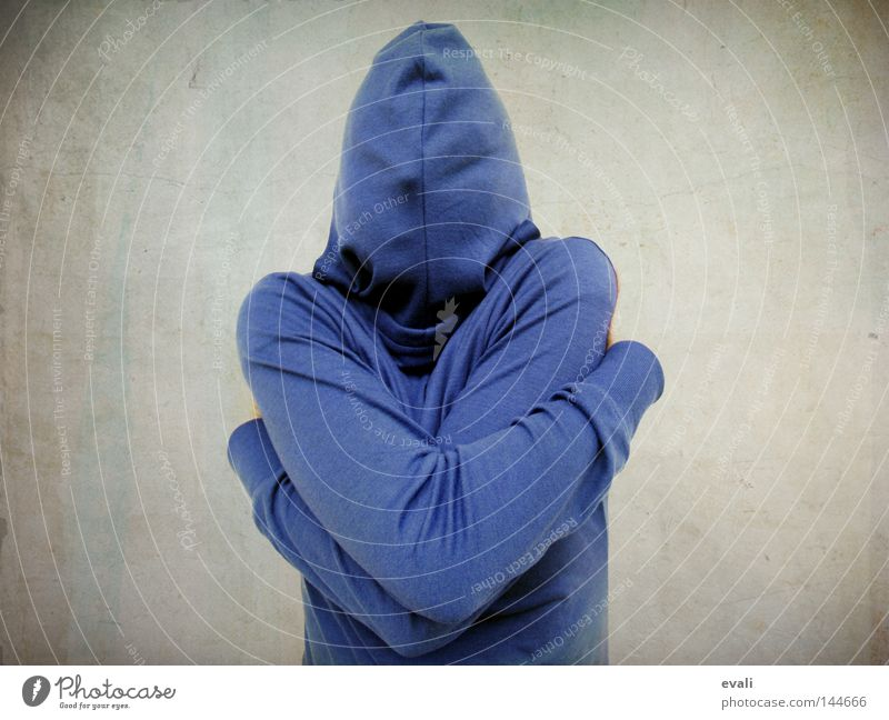 Shy blau Angst verstecken Kapuze Umarmen Schüchternheit