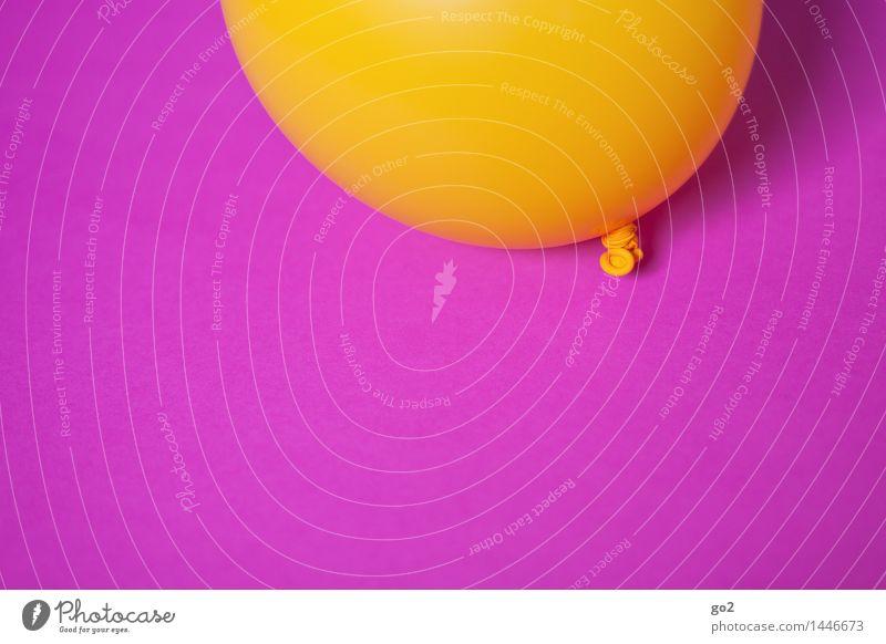 Gelb auf Pink Farbe Freude gelb Feste & Feiern fliegen Party rosa Dekoration & Verzierung Geburtstag Fröhlichkeit ästhetisch einfach rund Luftballon