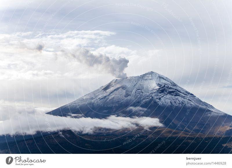 smoky mountain Natur blau Sommer weiß Landschaft Wolken Berge u. Gebirge kalt Umwelt Luft Kraft Aktion Gipfel Schneebedeckte Gipfel Rauchen Rauch