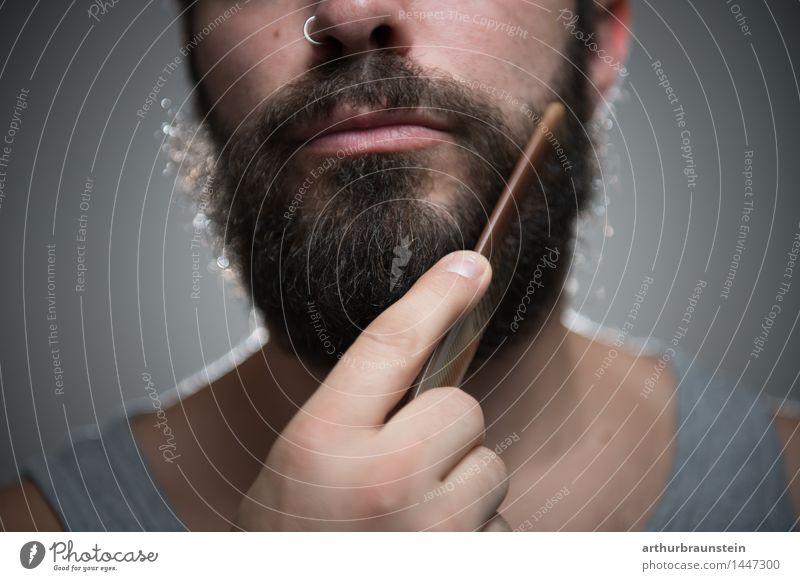 Vollbart kämmen schön Körperpflege Haare & Frisuren Gesicht Rasieren Kamm Mensch maskulin Junger Mann Jugendliche Erwachsene Bart 1 30-45 Jahre Unterwäsche