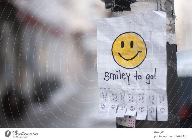 Take a smile 2 Freude lesen Straße Zettel Laternenpfahl wählen gebrauchen entdecken Lächeln lachen laufen leuchten fantastisch Fröhlichkeit Glück lustig positiv