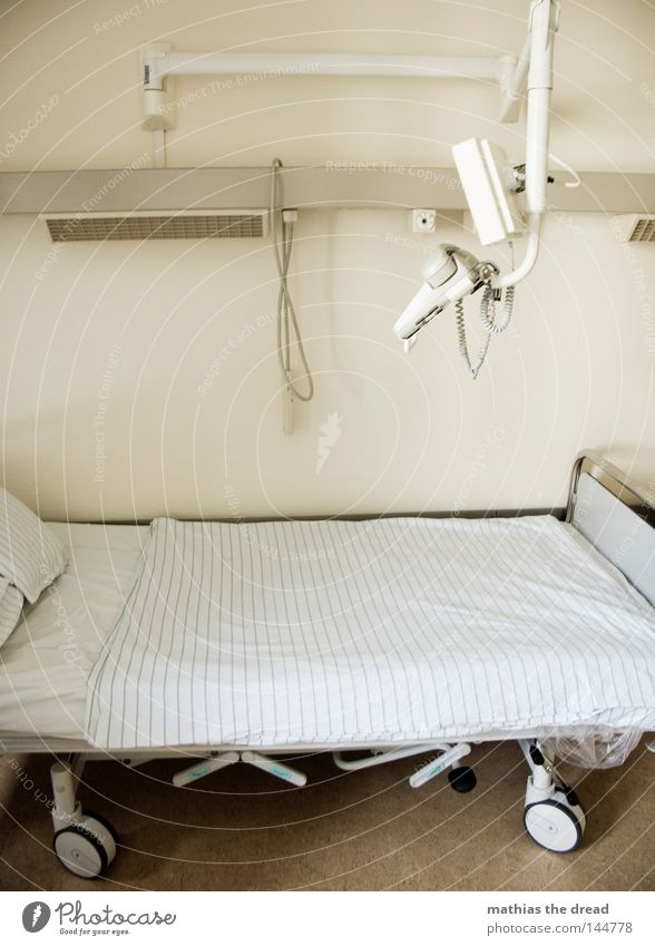 SYMPATISCH, NETT & EINLADEND weiß Wand Beleuchtung Lampe Gesundheit hell Gesundheitswesen Arme Kommunizieren Telekommunikation Telefon Freundlichkeit Bett Krankheit Vertrauen führen