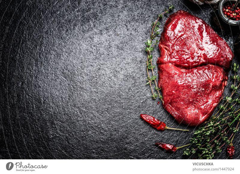 Rindersteak mit Kräutern und Gewürzen Lebensmittel Fleisch Kräuter & Gewürze Ernährung Mittagessen Abendessen Büffet Brunch Festessen Geschäftsessen Bioprodukte