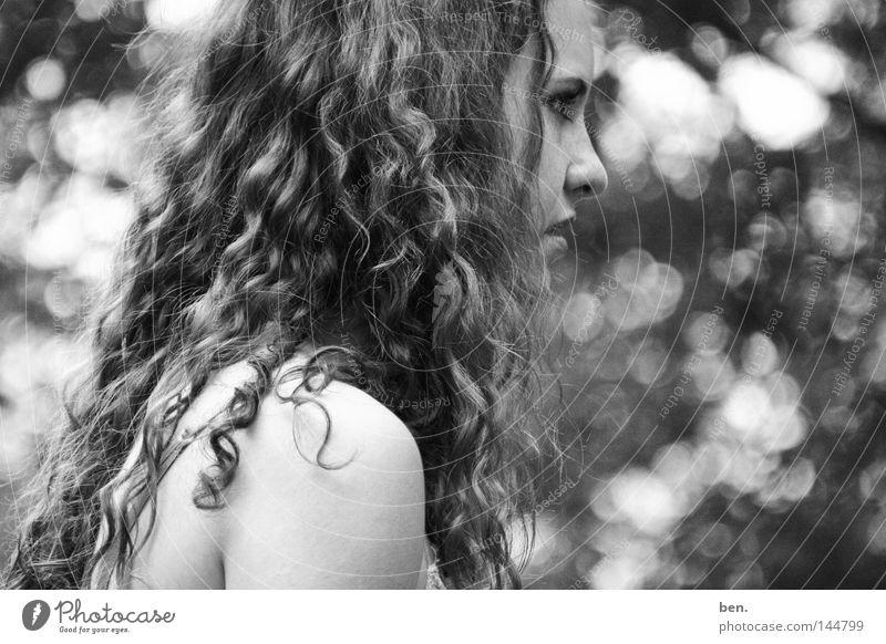 Eden Porträt Jugendliche Paradies Mount Eden Locken ködern Licht Unschärfe Schwarzweißfoto verführerisch