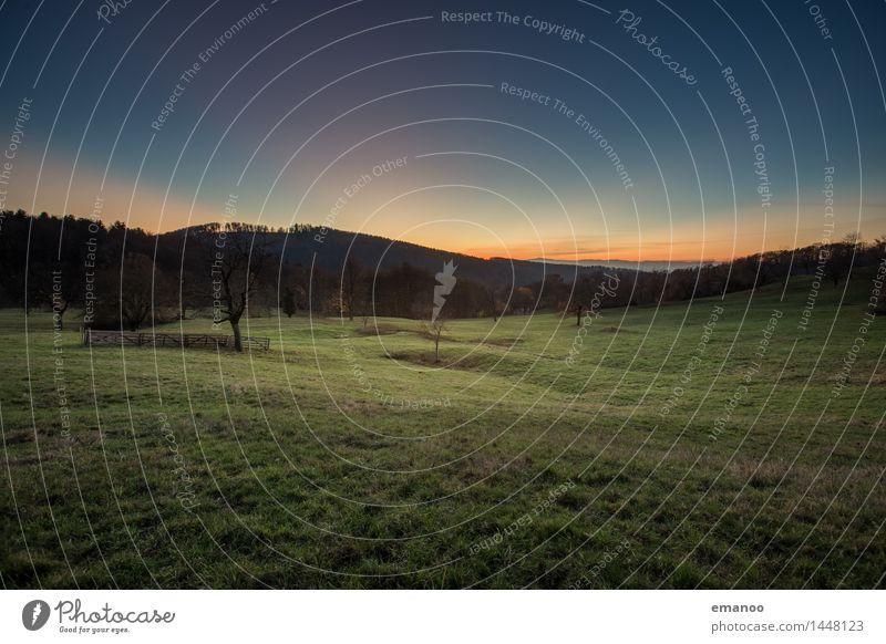 Berghäuser Matten Ferien & Urlaub & Reisen Tourismus Ferne Sommer Berge u. Gebirge wandern Umwelt Natur Landschaft Pflanze Himmel Horizont Sonnenaufgang