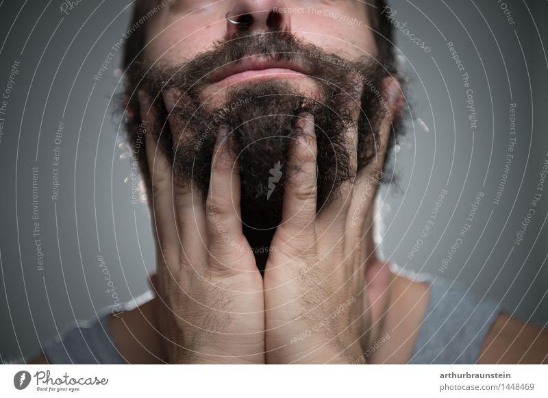 Mann mit Vollbart Mensch Jugendliche schön Hand Junger Mann Gesicht Erwachsene Haare & Frisuren maskulin Behaarung Körper Haut streichen Körperpflege Bart