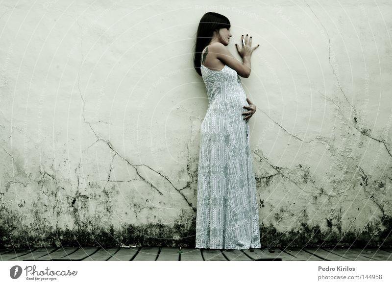 Frau Baby schwanger Südamerika Brasilien