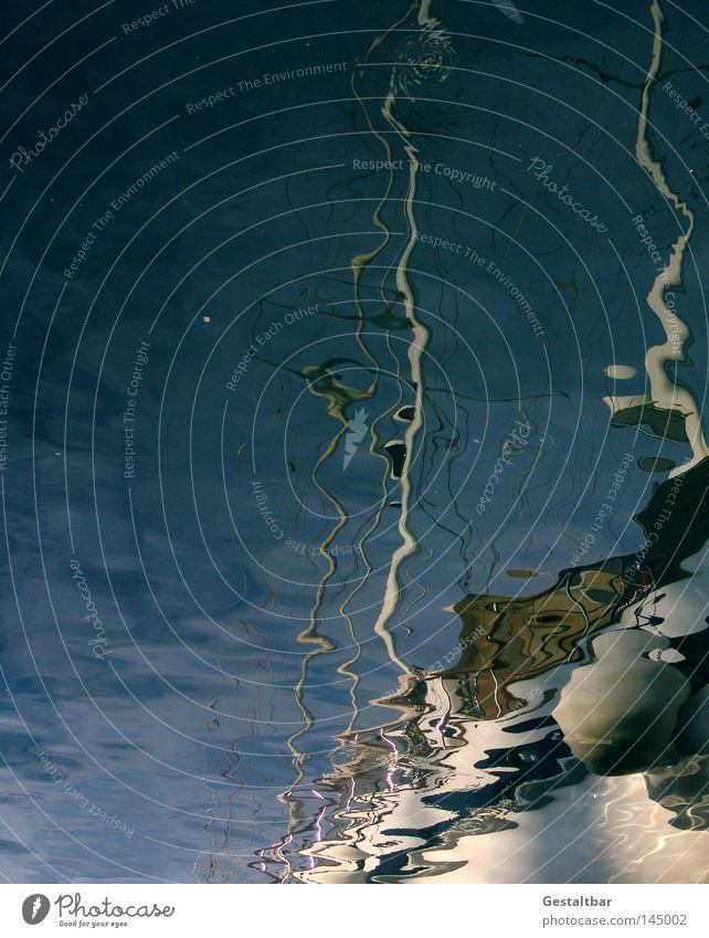 Wasserspiegel Mensch Wasser Sommer Meer Erholung braun Wasserfahrzeug Tourismus genießen Italien Sonnenbad Spiegel Segeln Mittelmeer Tourist Segel
