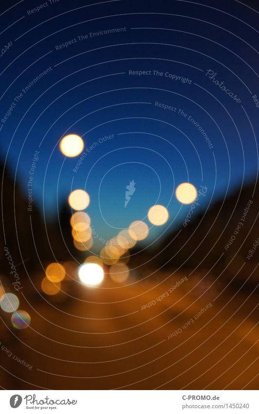 Urban Night Lights Farbfoto Nacht Licht Lichterscheinung abstrakt Experiment Außenaufnahme mehrfarbig Menschenleer Unschärfe Stadtlicht Verkehr Straßenverkehr
