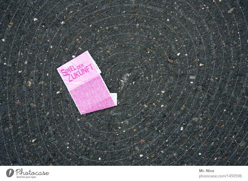 spiel der zukunft Freizeit & Hobby Jahrmarkt rosa Zukunft Asphalt Glücksspiel Erfolg verlieren Hoffnung Mut Gewinnspiel Zettel Papier Lotterielose Misserfolg