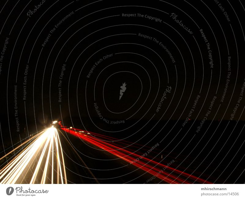 A9 die zweite Autobahn Schnellstraße Rücklicht rot weiß schwarz Langzeitbelichtung Licht Reflexion & Spiegelung autobahnbrücke Scheinwerfer
