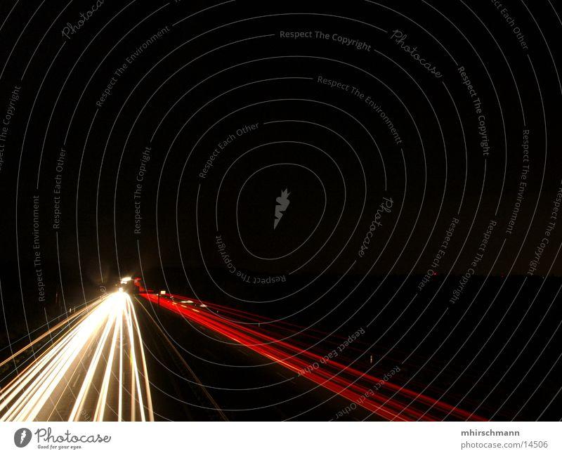 A9 die zweite weiß rot schwarz Autobahn Scheinwerfer Rücklicht Schnellstraße