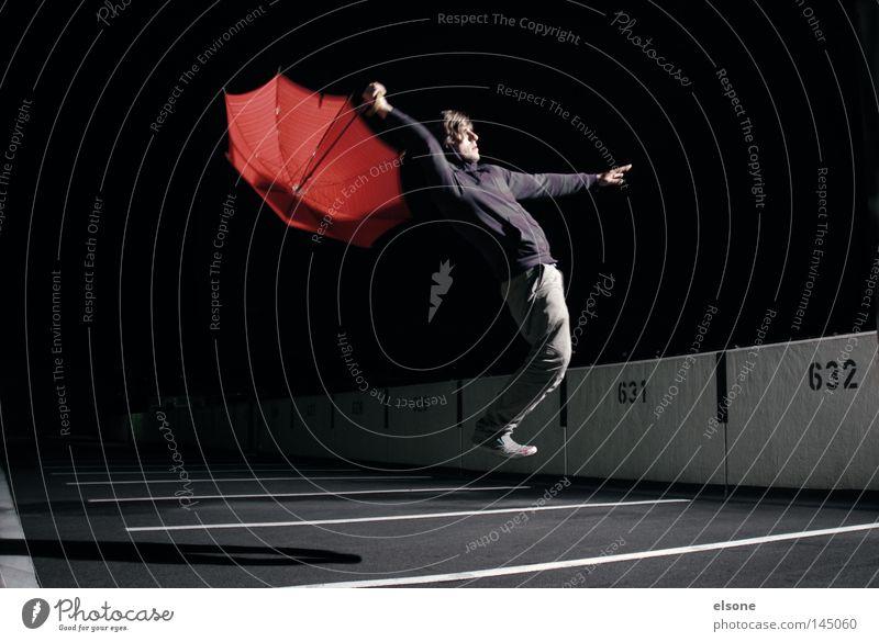 ::LOST:IN:SPACE:: Mensch Mann rot dunkel Spielen Regenschirm Konzentration Sonnenschirm Schirm Schweben Funsport Schwerelosigkeit