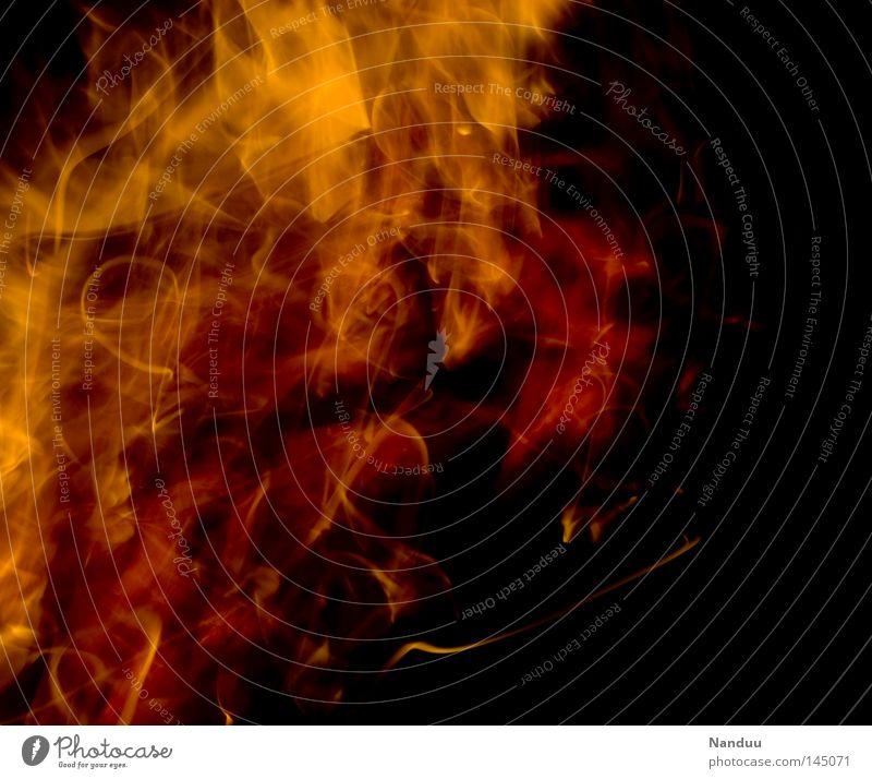 heiß Wärme gefährlich bedrohlich Vergänglichkeit Brand Feuer Wut Leidenschaft Physik böse Aggression brennen Feuerstelle Hölle verwandeln