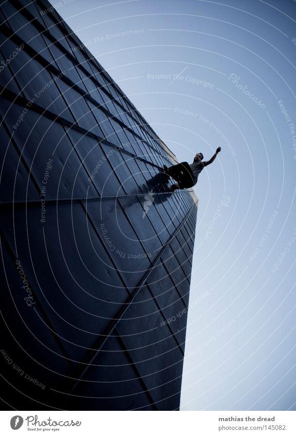 JOCKSCOTT GOES SPIDERMAN GOES KALLE ? Mensch ruhig Leben Tod oben Architektur Bewegung Kunst laufen hoch verrückt Geschwindigkeit Kraft mehrere gefährlich