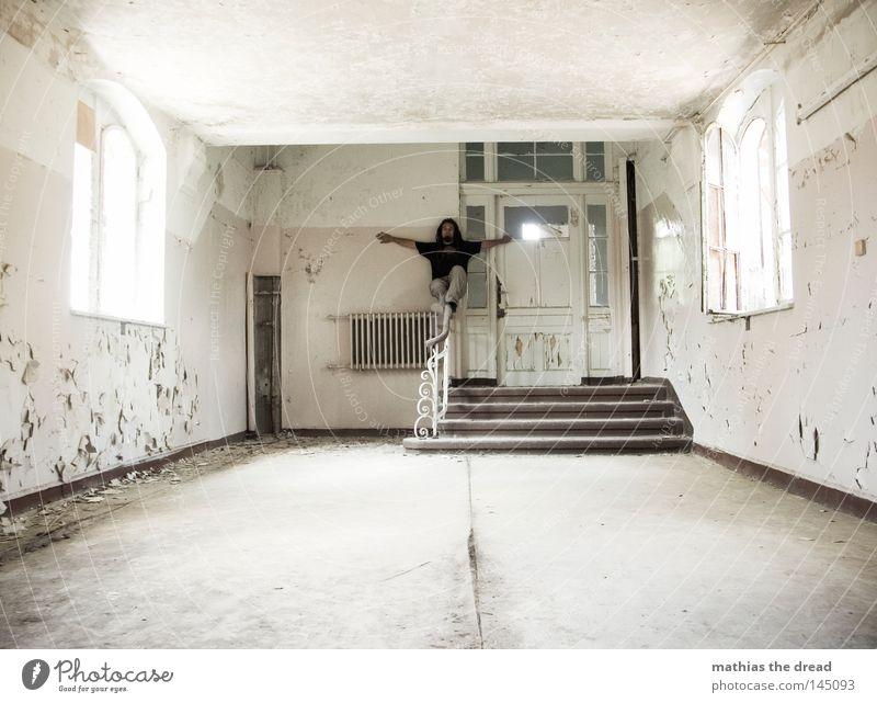WHITEWASH WALLS alt weiß schön Einsamkeit ruhig Fenster Wand Wege & Pfade Beine Fuß Linie hell Tür Raum dreckig Treppe