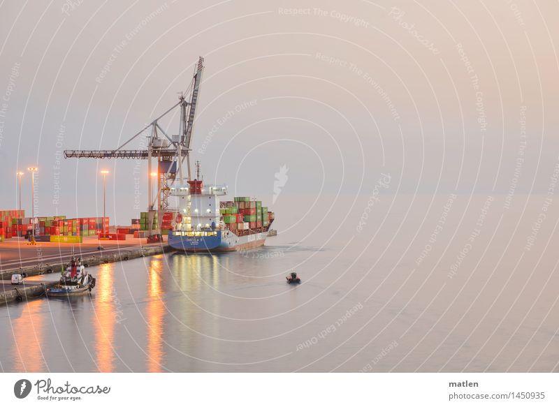 ...und beladen seid... Horizont Sonnenaufgang Sonnenuntergang Güterverkehr & Logistik Schifffahrt Containerschiff Fischerboot Hafen liegen Kran Farbfoto