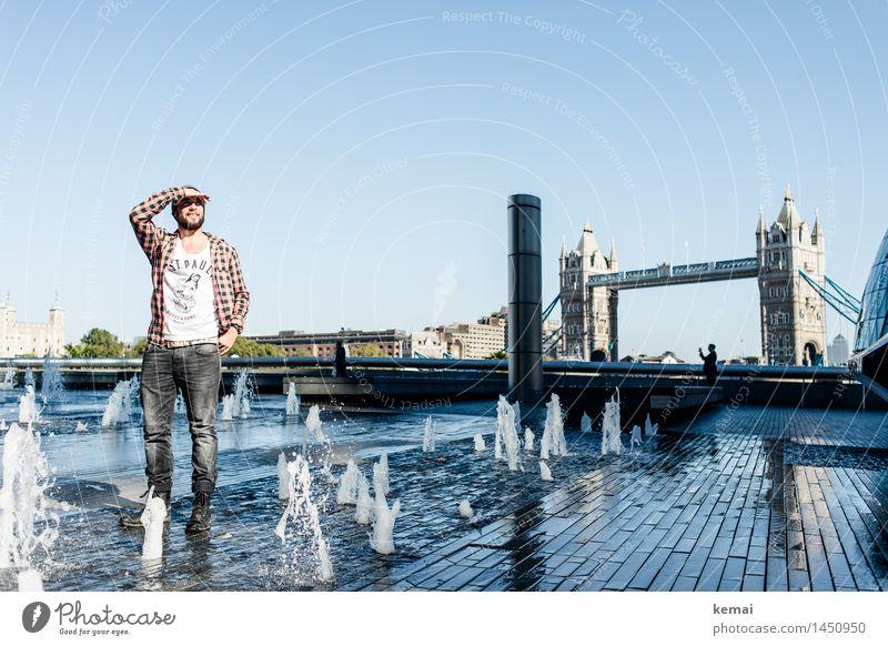 Waterman (3) Mensch Jugendliche Wasser Junger Mann 18-30 Jahre Erwachsene Leben Stil Lifestyle maskulin Zufriedenheit Tourismus Körper stehen beobachten nass