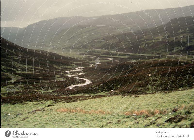 Irland (1) Europa Ferien & Urlaub & Reisen Ferne Himmel Klima Küste Landschaft Nordeuropa Panorama (Aussicht) Panorama (Bildformat) Wege & Pfade Fußweg Straße