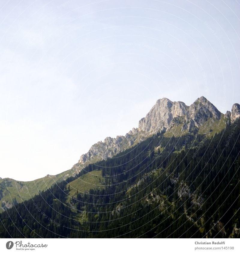 Berg See gefroren Eis Berge u. Gebirge Alpen Landschaft Schneelandschaft Winter rot Schlittschuhlaufen Gebirgssee Felsen blau wandern Bergsteigen Herbst Himmel