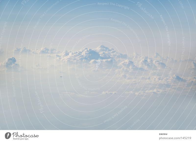 Wolkenreich Himmel blau Freiheit Luft Stimmung Flugzeug Wetter fliegen Horizont Urelemente Abenddämmerung Luftaufnahme Wolkenhimmel Altokumulus floccus
