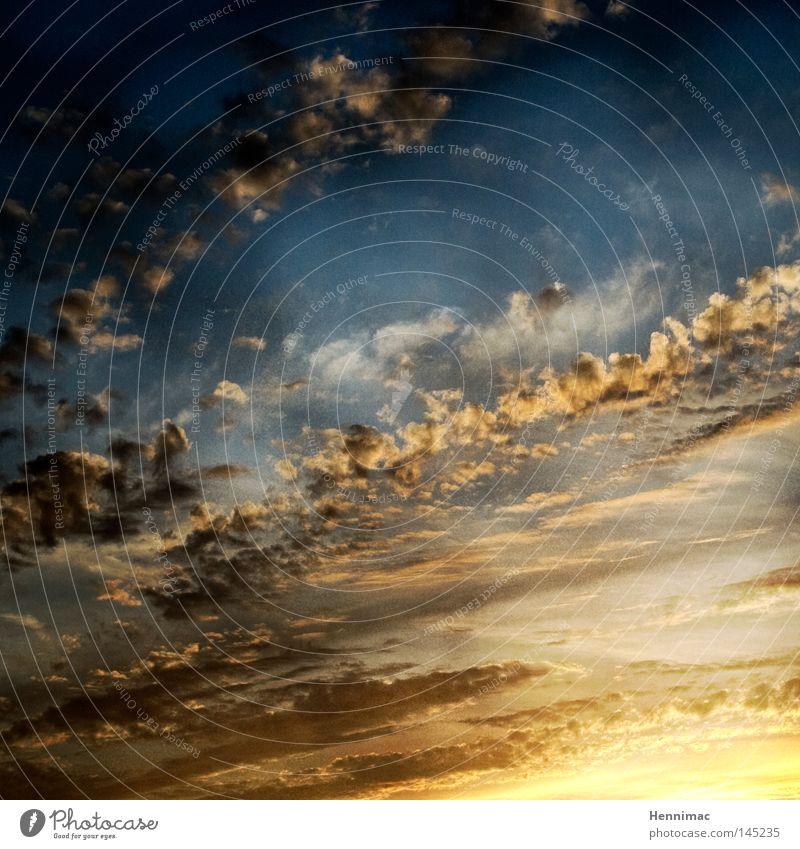 Und Gott sprach: Es werde Licht! Und es wurde Licht. Himmel Wolken Stimmung blau Sonne Stern Schatten Abend Abenddämmerung Sonnenaufgang Sonnenuntergang
