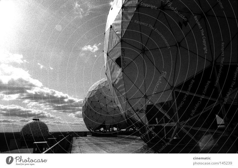 Spaceballs I Himmel alt Einsamkeit Stimmung Wind Dach Ball USA verfallen Kugel Kontrolle unheimlich Geräusch zerstören Radarstation Grunewald