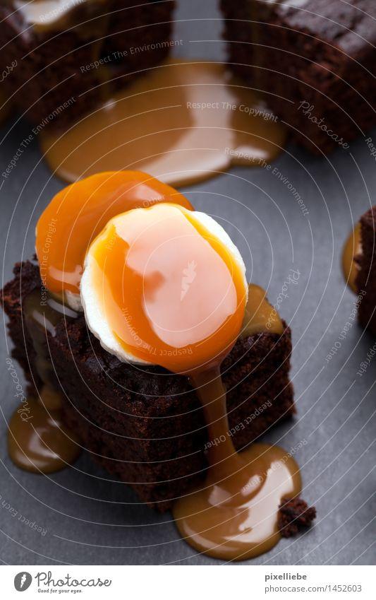 Kleine Sünde Lebensmittel Frucht Teigwaren Backwaren Kuchen Dessert Süßwaren Schokolade Ernährung Kaffeetrinken Fingerfood Lifestyle Wellness Wohlgefühl