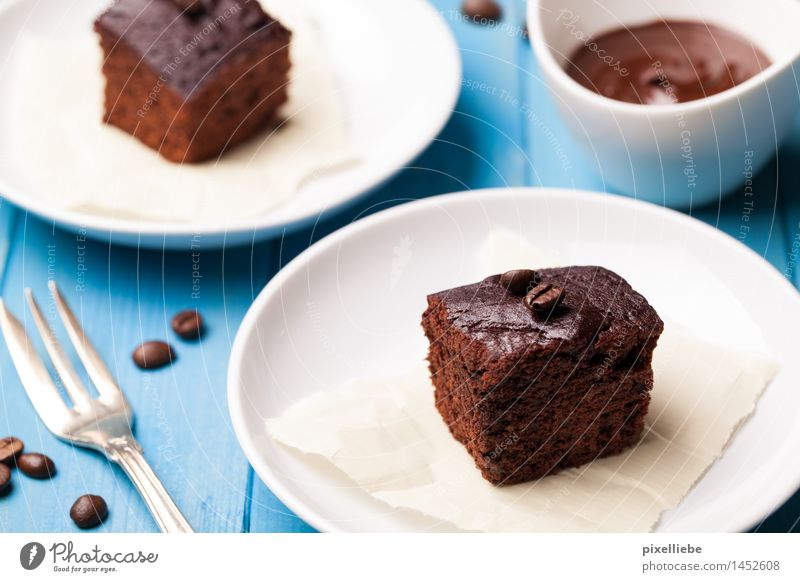 Kaffee Kuchen Lebensmittel Teigwaren Backwaren Dessert Süßwaren Schokolade Ernährung Kaffeetrinken Fingerfood Geschirr Teller Schalen & Schüsseln Gabel