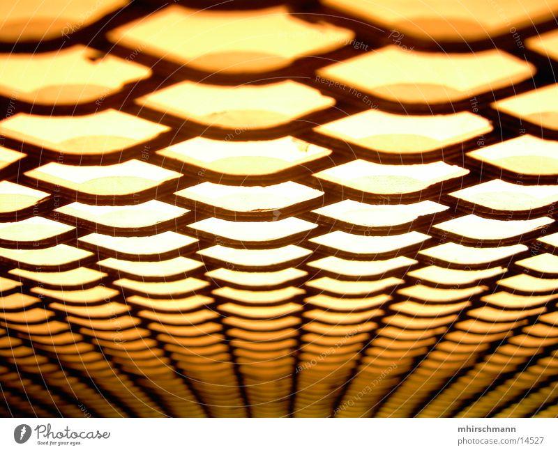aufzugwaben Licht Fahrstuhl fahren gelb Makroaufnahme Nahaufnahme Bienenwaben Lichterscheinung