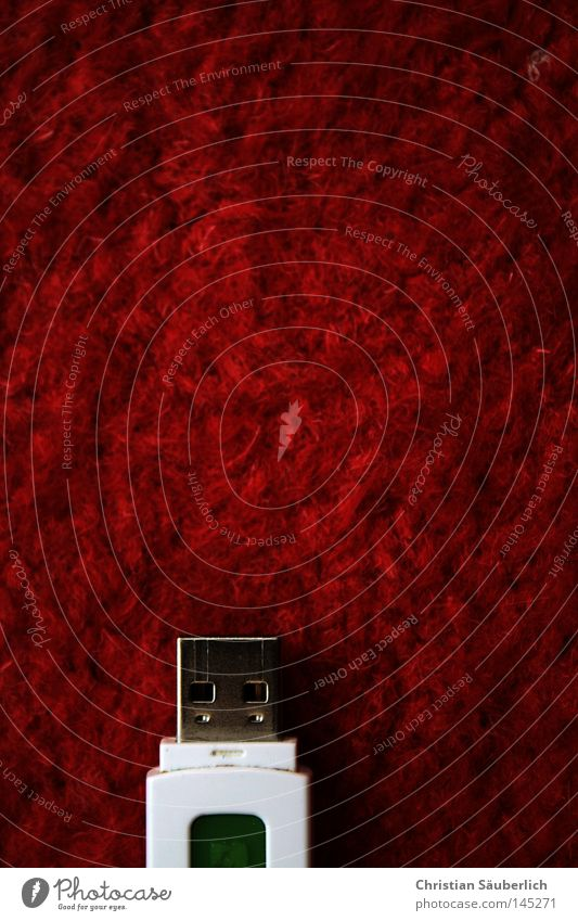 Plug Your Carpet [Red Edition] weiß rot Software Internet Technik & Technologie Wut E-Mail Informationstechnologie Ärger Teppich Anschluss Faser Datenträger Elektrisches Gerät MP3-Player Schnittstelle