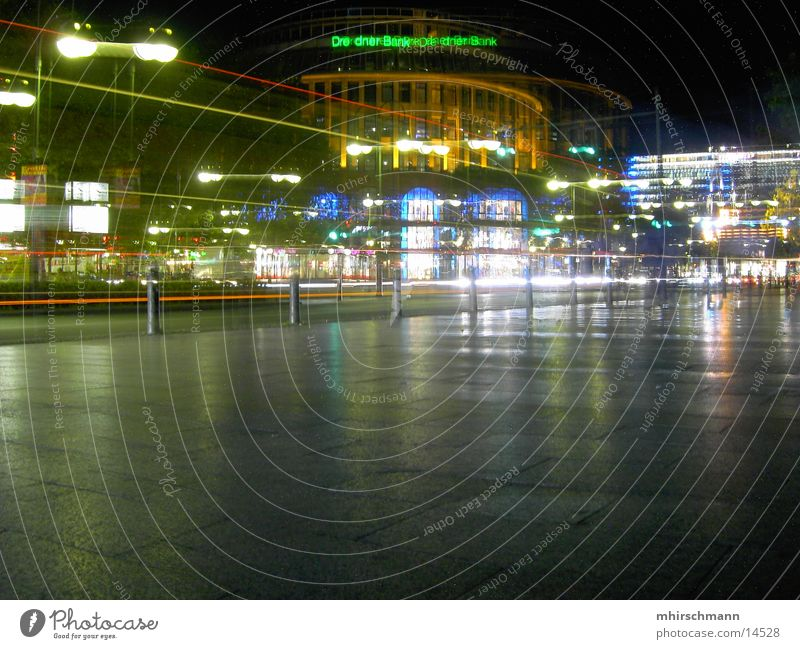 kudam bei nacht dunkel Berlin Nacht Scheinwerfer