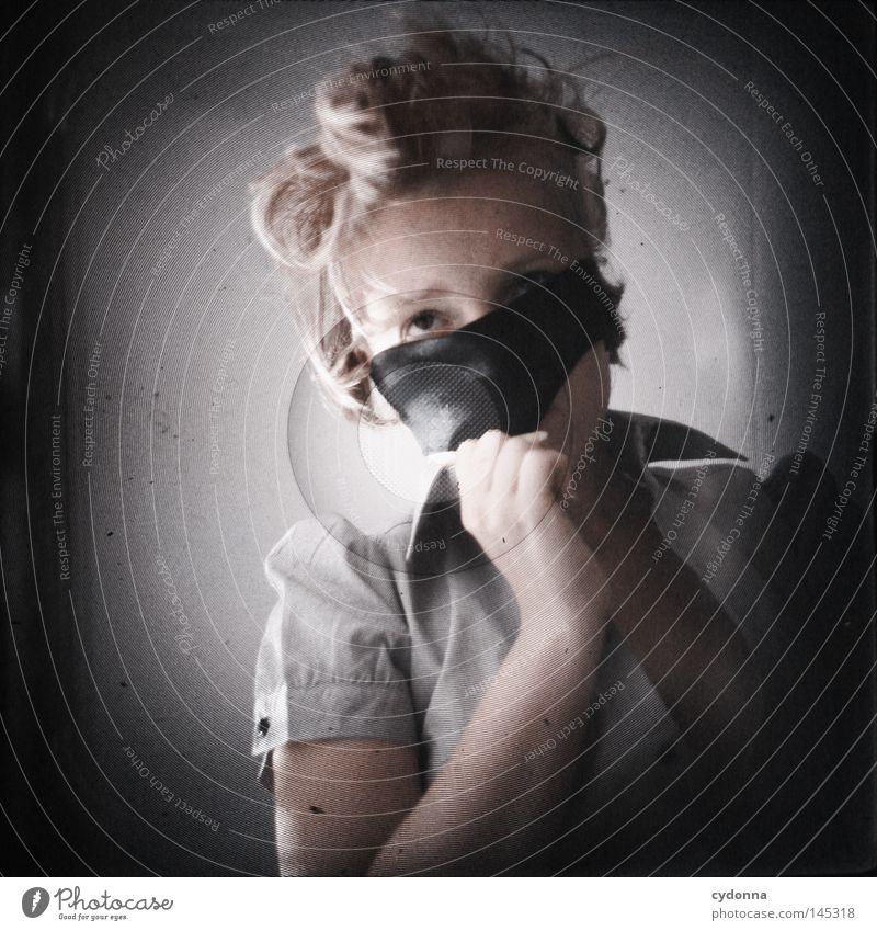 Analog//Digital V Frau Mensch schwarz dunkel Gefühle Kopf Haare & Frisuren hell Kraft Zeit planen Wunsch geheimnisvoll analog Mut Gesichtsausdruck