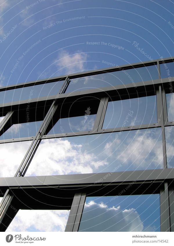 wolkenspiegel Mensch Himmel blau Wolken Fenster Gebäude Architektur Design Spiegel Rahmen Fensterrahmen
