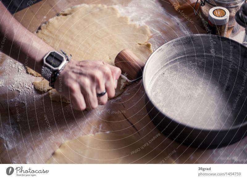 Teig ausrollen Lebensmittel Getreide Teigwaren Backwaren Kuchen Dessert Süßwaren Ernährung Kaffeetrinken Vegetarische Ernährung Fingerfood Backform Freude