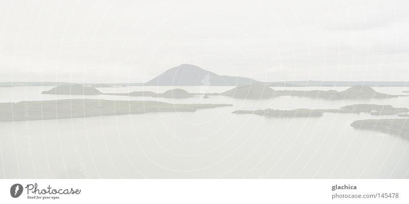 white Natur Wasser schön Himmel weiß Meer Wolken Einsamkeit Ferne kalt Gefühle Freiheit grau See Landschaft Eis