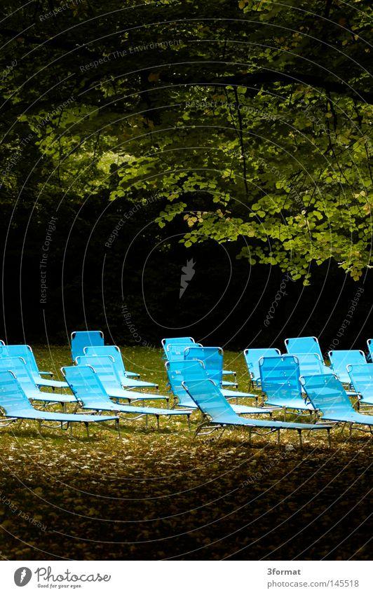Sonnendeck01 blau Ferien & Urlaub & Reisen grün Baum Pflanze Sommer Farbe Einsamkeit Wolken ruhig Ferne gelb Wiese Graffiti Wärme Gras
