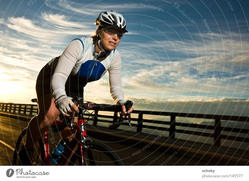 race Frau blau rot Ferien & Urlaub & Reisen Straße Sport Spielen Berge u. Gebirge Kraft Fahrrad Freizeit & Hobby Geschwindigkeit Kraft fahren Alpen Rennsport