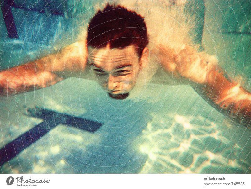 unter.wasser Wasser blau Freude Gesicht springen Haare & Frisuren Luft Nase Schwimmbad tauchen stoppen Bart Grimasse