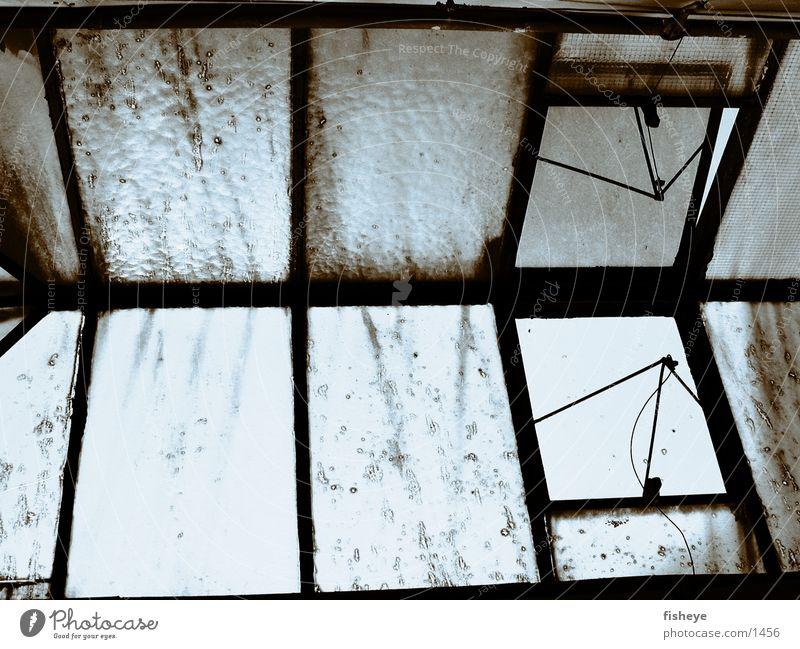 Oberlicht alt Einsamkeit Fenster Industrie Fabrik Demontage