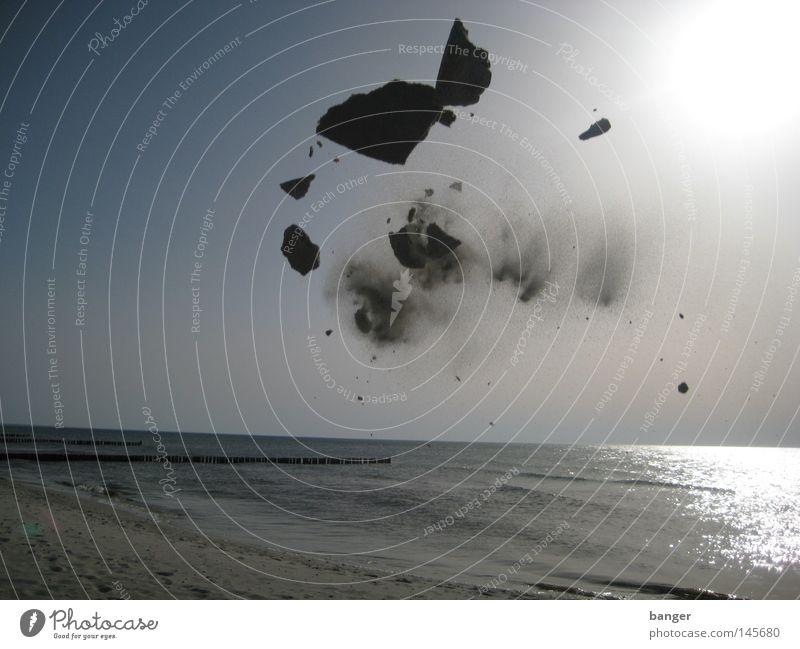 Sand in My Joints Meer Strand Schaufel Spielen Sommer Gegenlicht Freizeit & Hobby Freude Wasser Sonne