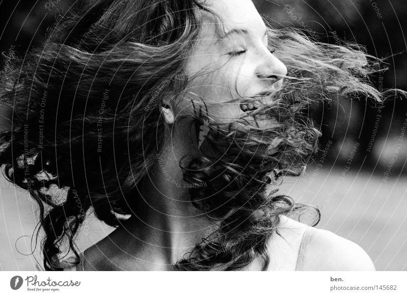 How to call yourself a Hurricane Freude Bewegung Kopf Haare & Frisuren Luft Wind Sturm Drehung Verwirbelung Orkan