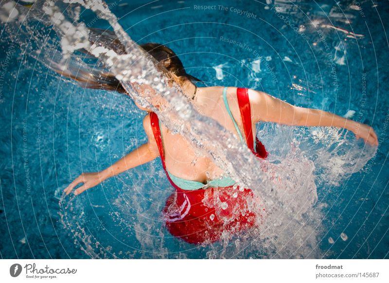 splash Frau blau Wasser schön rot Sommer Freude Wolken Sport Haare & Frisuren Stil Linie Schwimmen & Baden Wind nass Geschwindigkeit