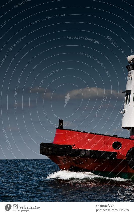 Go West! Wasserfahrzeug Schlepper Himmel Wolken Schönes Wetter Blauer Himmel Meer Kraft Schaum Fernweh Ferne rot weiß Arbeit & Erwerbstätigkeit Schifffahrt