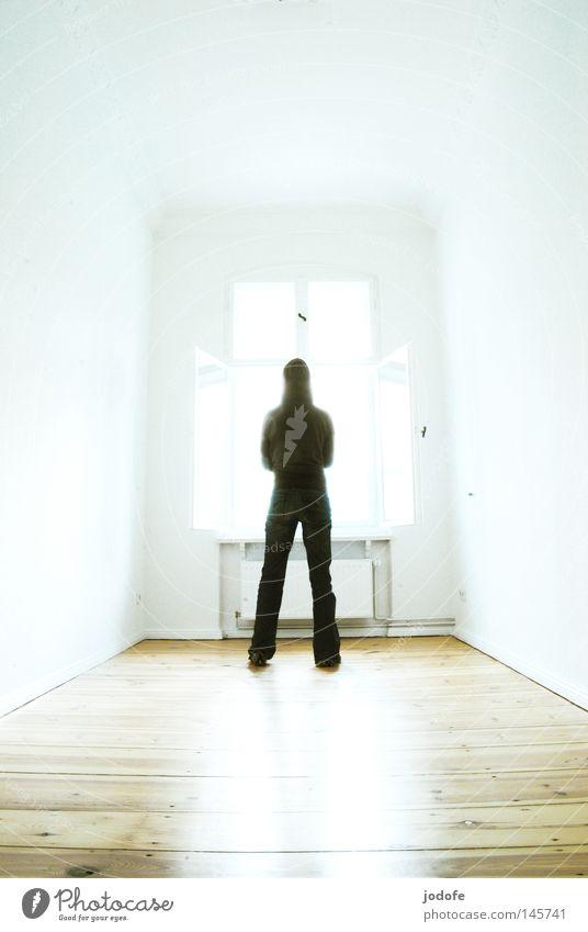 la lumière Frau Mensch Himmel weiß Sonne Einsamkeit kalt Wand Fenster Beine hell Raum Religion & Glaube Beleuchtung glänzend Wohnung